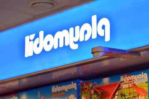 Quelle marque produit les jouets Playmobil ?